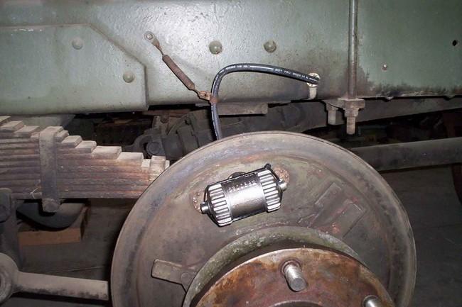 brake_line_install02a