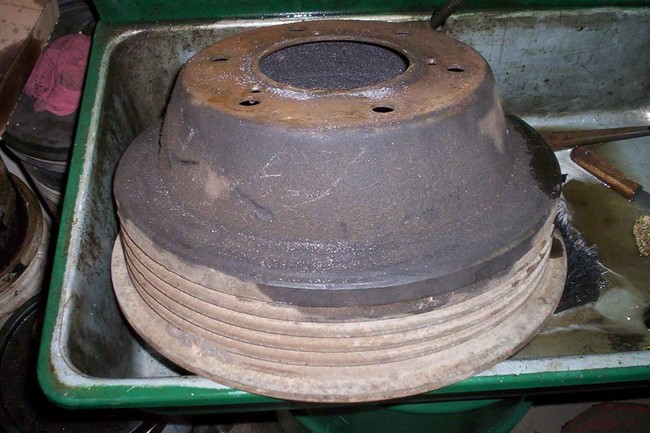 cleaning_brake_drums01a