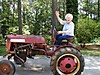 Billy_on_Joe_s_tractor_6-22-05_004.jpg