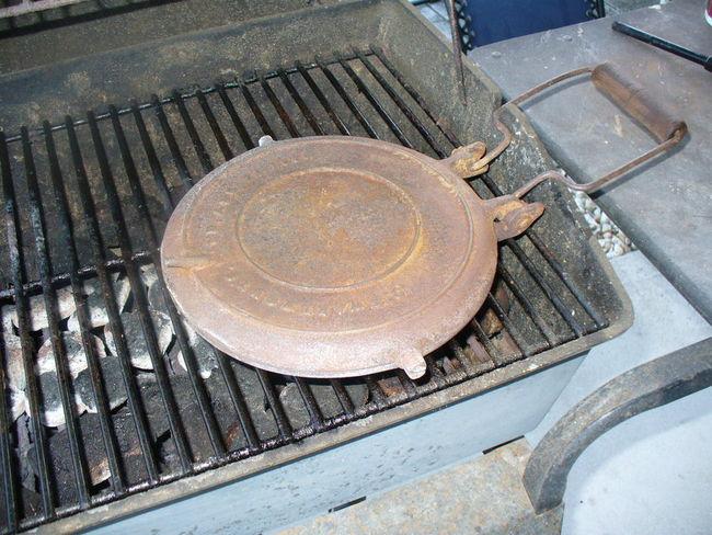 Cast_iron_Waffle_Iron_016.jpg