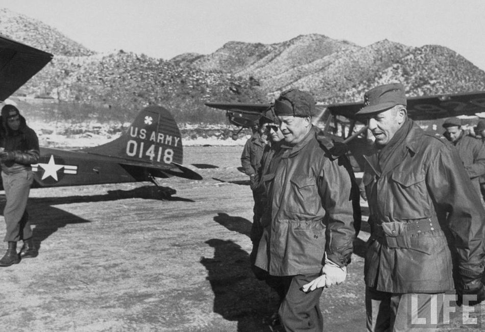 Ike In Korea 1952