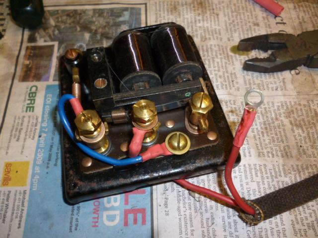 969_Under_dash_Circuit_Breakers_and_Buzzer_d