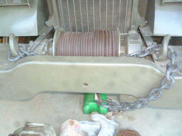 969_Front_winch_chain_fitted_b_4_2018