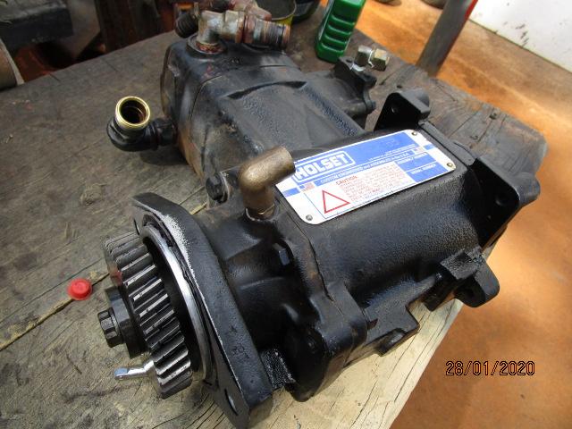 969_Air_compressor_oil_leak_c_1_2020