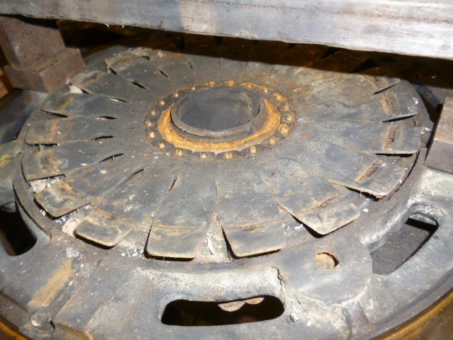 Repair_and_fit_pressure_plate_5