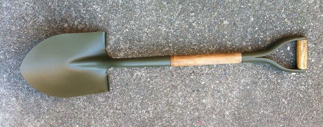 Completed shovel - front