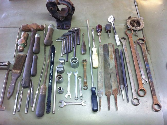 Huge group of tools with the help of Dennis G!