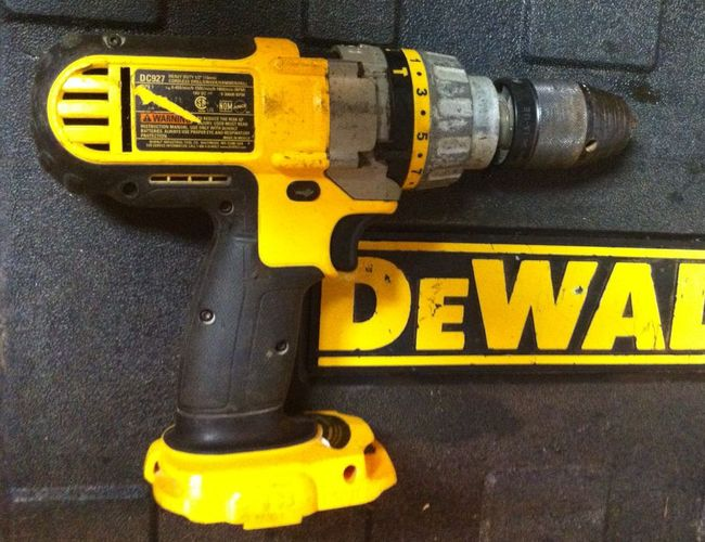 Dewalt 18V drill after replacement clamshell installed