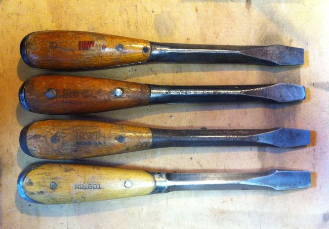 """Irwin and Tobrin 9-1/2"""" extra heavy duty screwdrivers"""