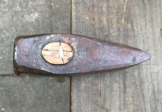 Hammer rehandle for DG