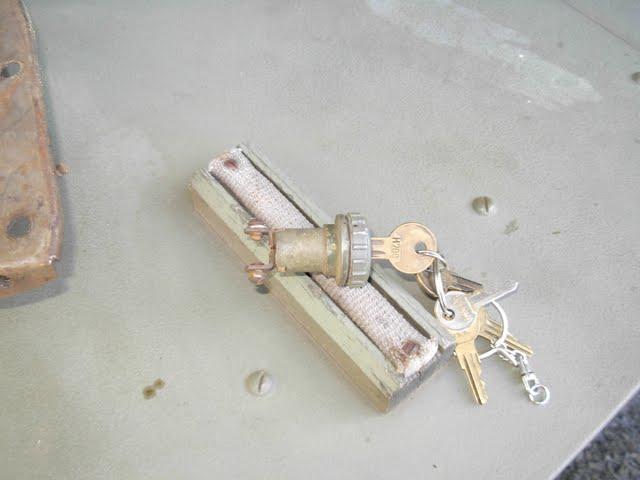 Elusive orginal GPW keyed ignition switch!!