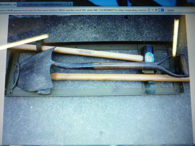 M1A1_Hammer_Rack_2