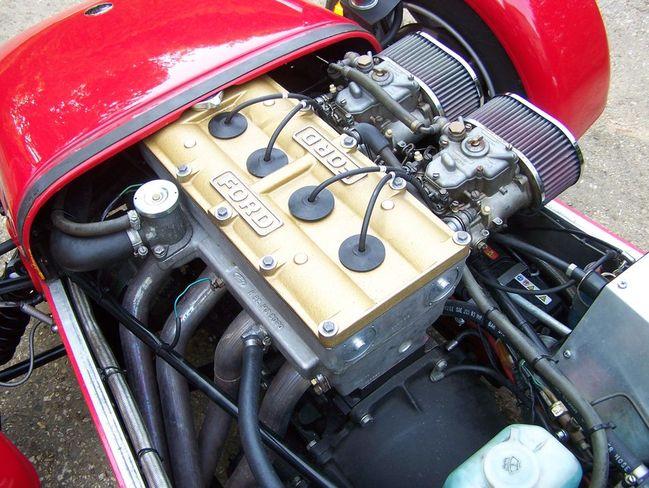 Cat 7 exhaust