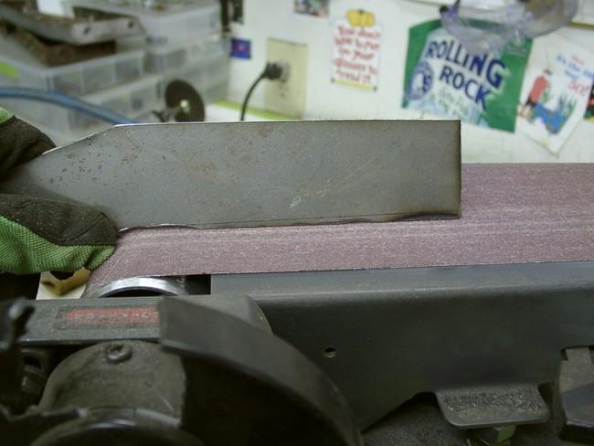 2005_10050001_gpw_sanding_metal