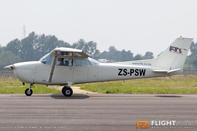 Cessna 172 Skyhawk ZS-PSW Grand Central Airport FAGC