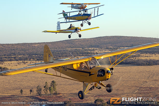 Piper J3C Cub ZS-PHU Evans VP-1 ZU-ALT De Havilland DH-82A Tiger Moth ZS-UK