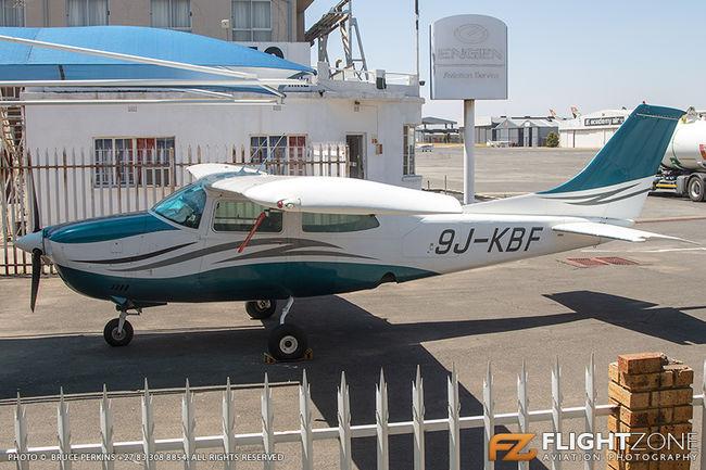 Cessna 210 Centurion 9J-KBF Rand Airport FAGM