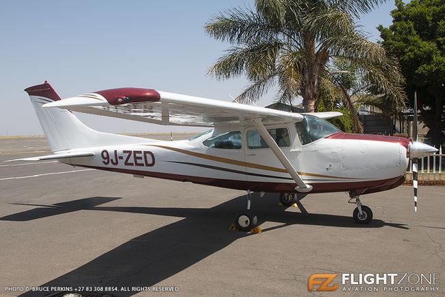 Cessna 182 Skylane 9J-ZED Rand Airport FAGM