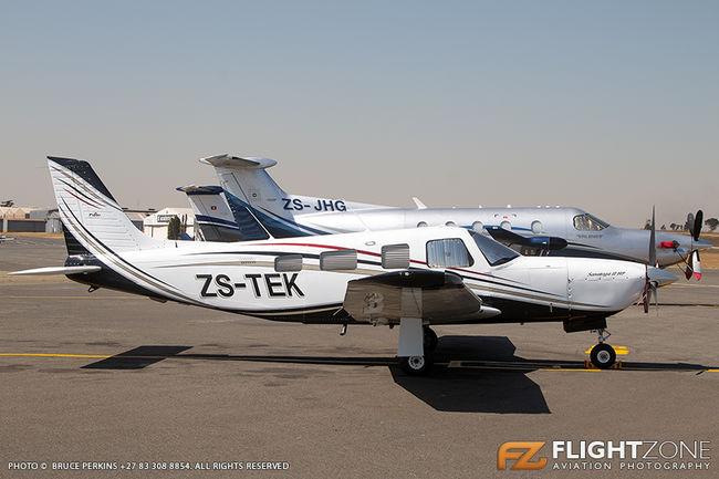 Piper PA-32R Saratoga ZS-TEK Rand Airport FAGM PA-32