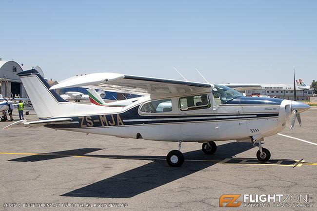 Cessna 210 Centurion ZS-MJA Rand Airport FAGM