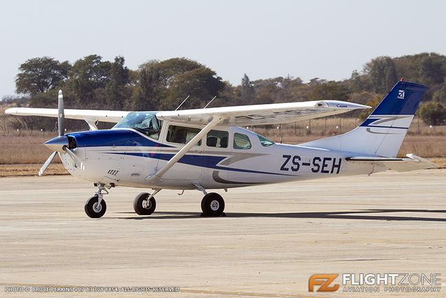 Cessna 206 Stationair ZS-SEH Wonderboom Airport FAWB