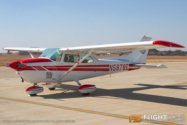 Cessna 172 Skyhawk N5878E Wonderboom Airport FAWB RAW Aviation