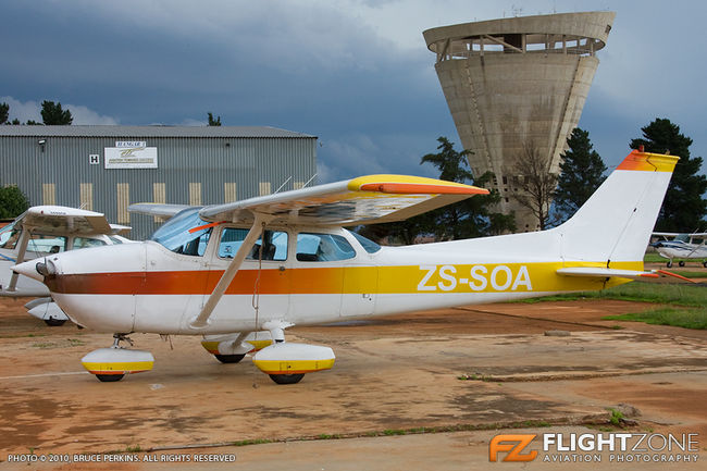 Cessna 172 Skyhawk ZS-SOA Grand Central Airport FAGC