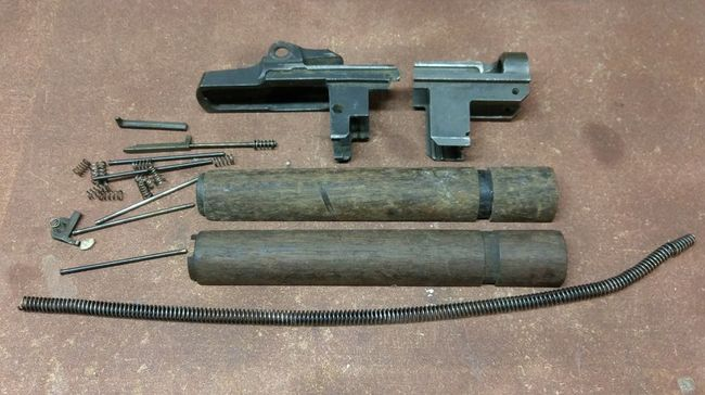 Bunch of WWII gun parts for sale - G503 Military Vehicle