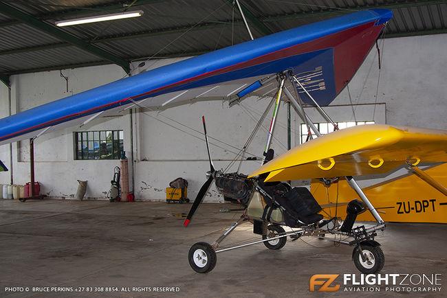 Solo Wings Windlass Trike ZU-BTT Petit Airfield FARA