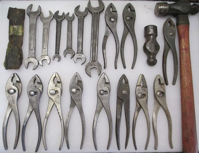 Tool_Lot_wrenches_pliers_hammers