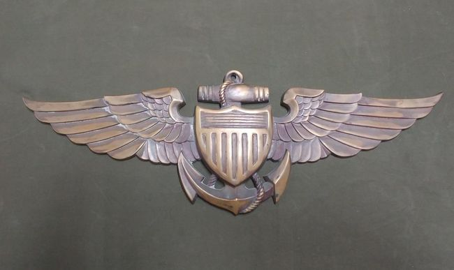 USN_Large_Wings_Plaque