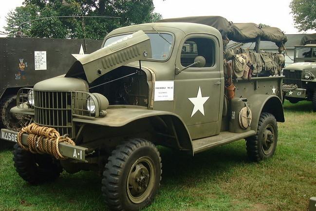 WC-12_half_ton_truck