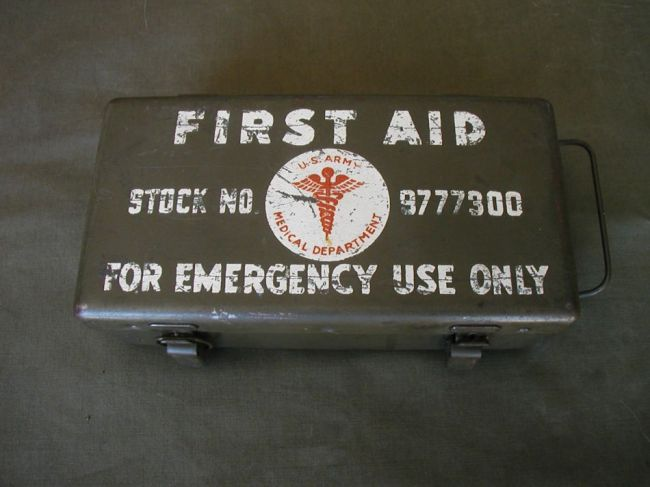 FS: WW2 First Aid Kit Box $35 SOLD - G503 Military Vehicle