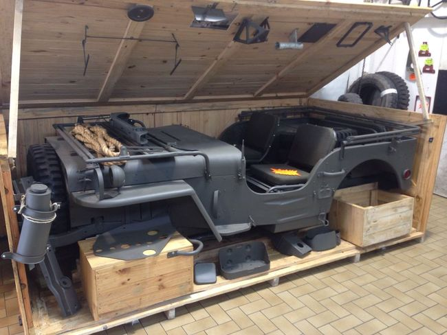 Transfer Case Parts >> Jeep in a crate, unissued, in Paris, in 2015 - G503 ...