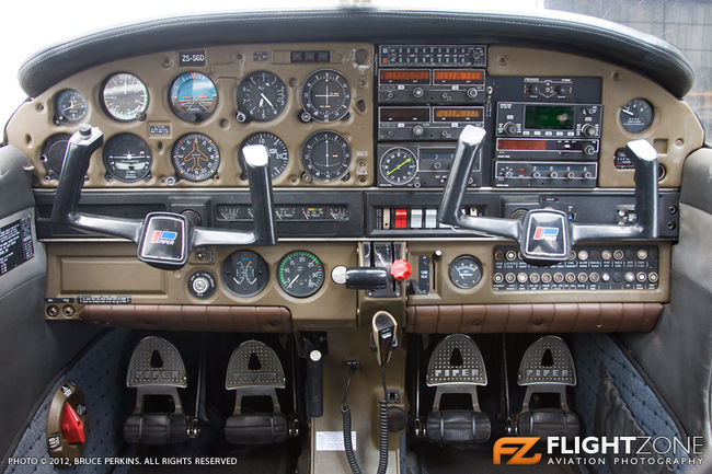 Cockpit of Piper PA-28-161 Warrior ZS-SGD
