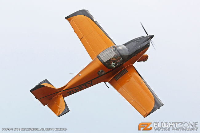 The Airplane Factory D6 Sling ZU-FTV Panorama Airfield