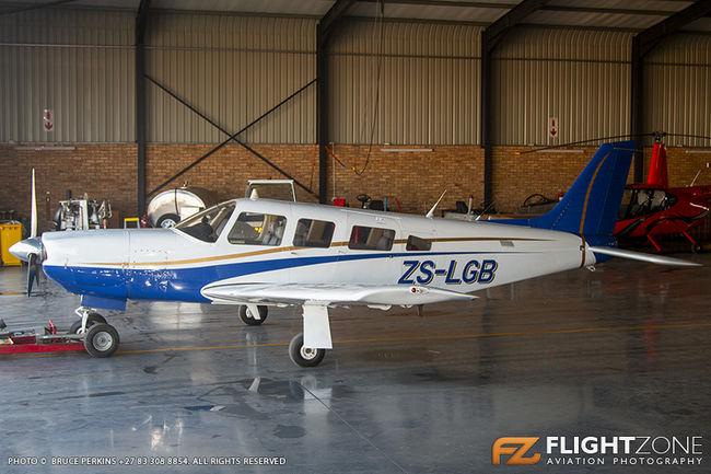 Piper PA-32R Saratoga ZS-LGB Rand Airport FAGM