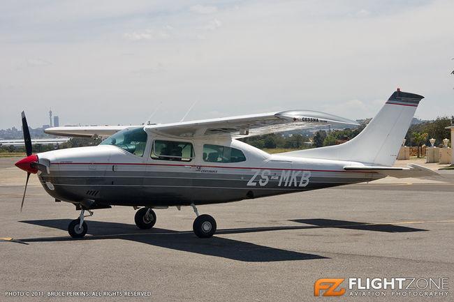 Cessna 210 Centurion ZS-MKB Rand Airport FAGM