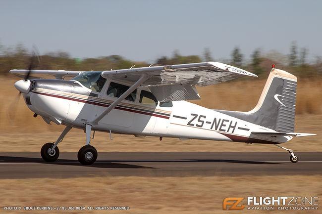 Cessna 180 Skywagon ZS-NEH Kittyhawk Airfield FAKT