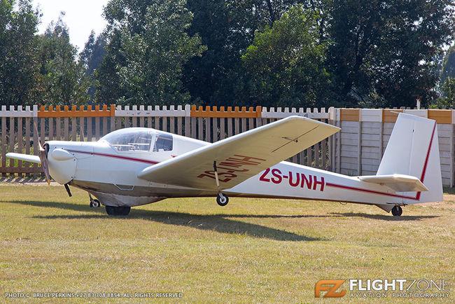 Scheibe SF-25 Motor Falke ZS-UNH Springs Airfield FASI