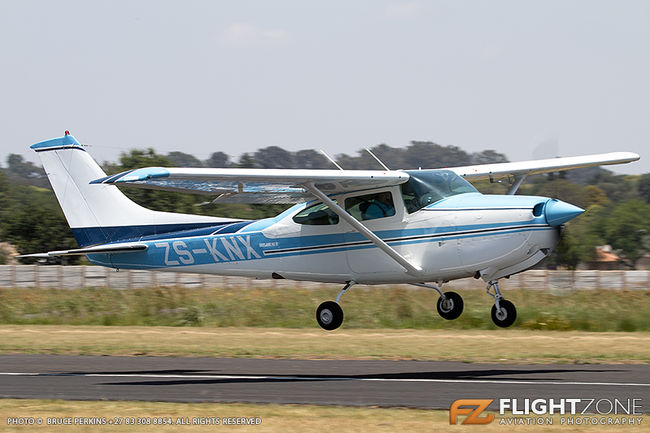 Cessna 182 RG Skylane ZS-KNX Springs Airfield FASI 182RG