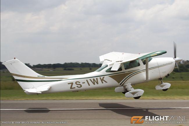 Cessna 182 Skylane ZS-IWK Springs Airport FASI