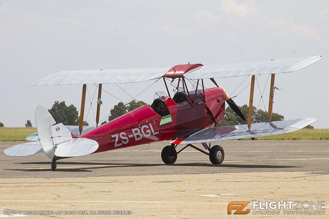 De Havilland DH-82A Tiger Moth ZS-BGL Rand Airport FAGM