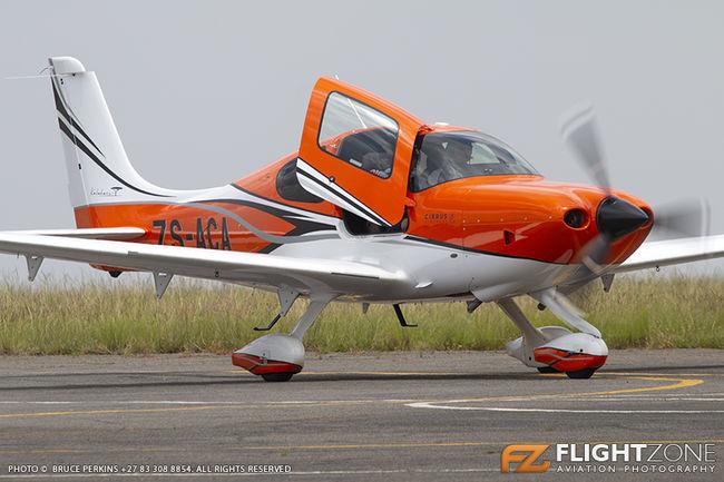 Cirrus SR-22 ZS-ACA Rand Airport FAGM