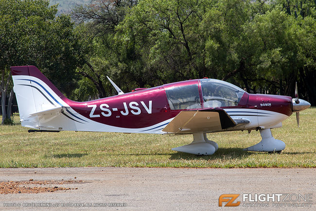 Robin DR400 ZS-JSV Coves Airfield