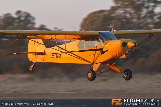Piper PA-18 Super Cub ZS-WSB Brits Airfield FABS