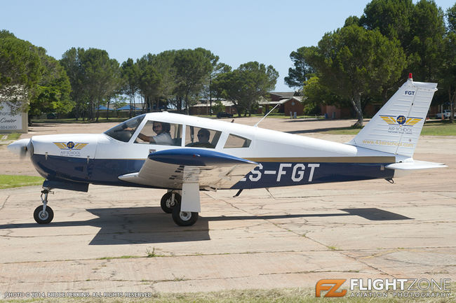 Piper PA-28R Cherokee Arrow ZS-FGT Port Alfred Airfield FAPA PA-28 43 Air S
