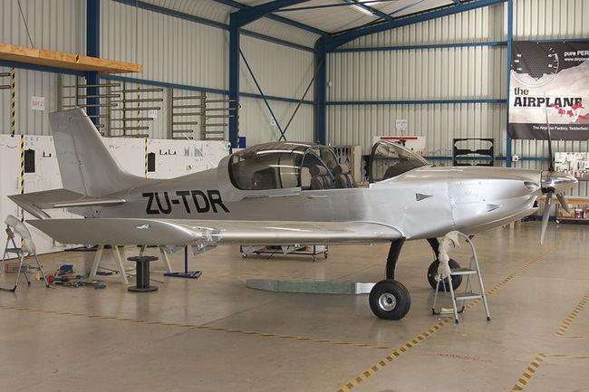 The Airplane Factory D6 Sling Taildragger ZU-TDR Tedderfield Airfield FATA