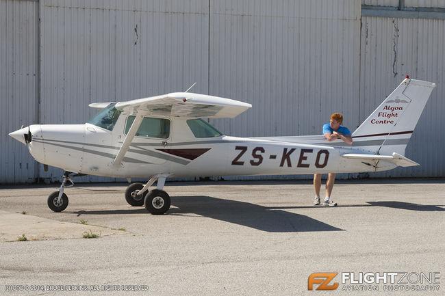 Cessna 152 ZS-KEO Port Elizabeth Airport FAPE