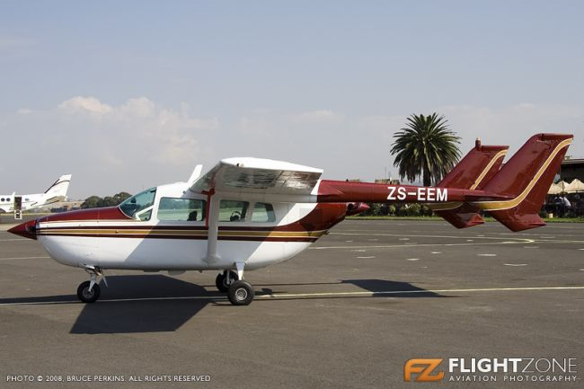 Cessna 337 Skymaster ZS-EEM Rand Airport FAGM